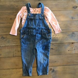 GAP Overall outfit 12-18 months with shirt.